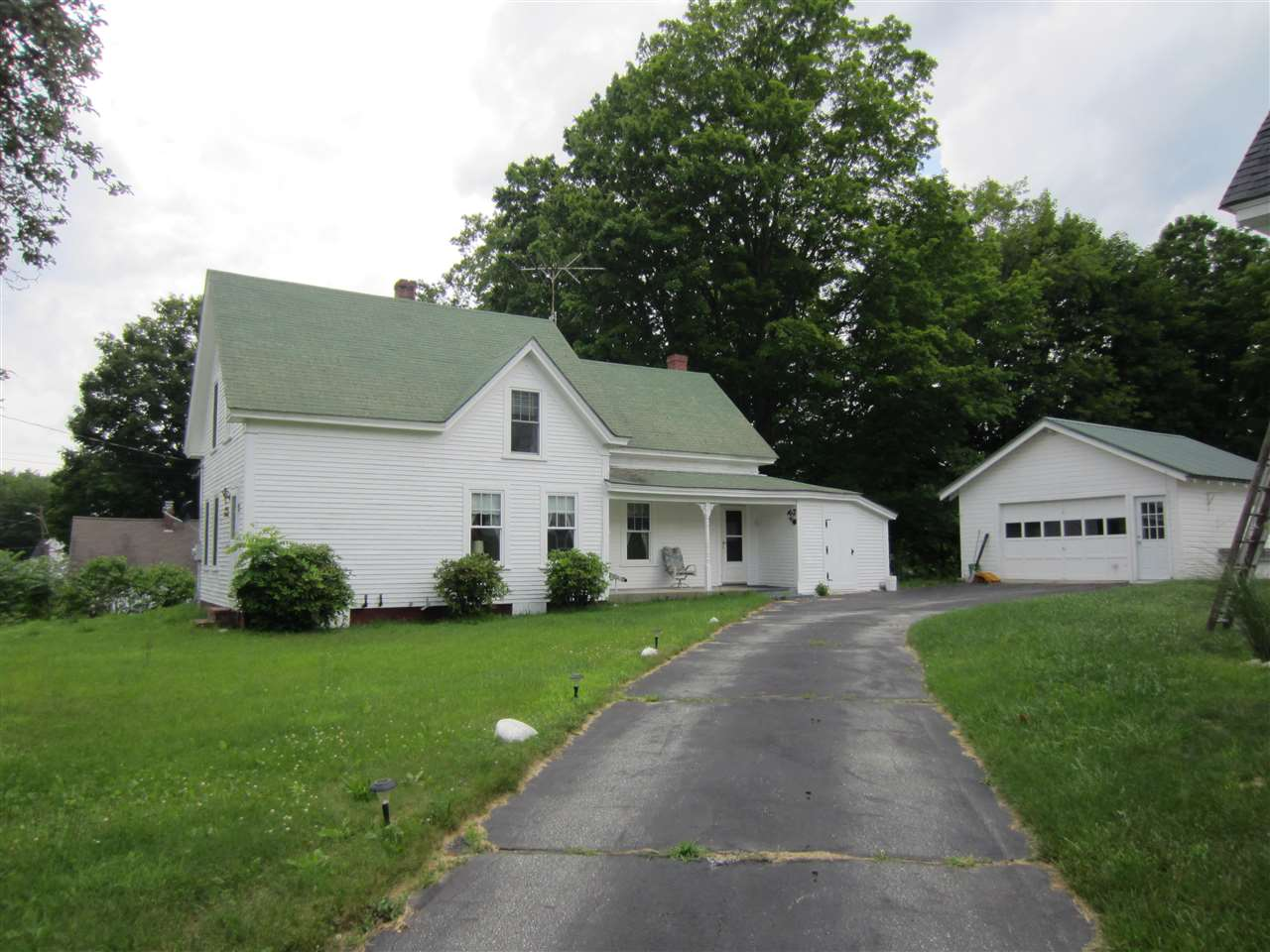Bennington NH Home for sale $List Price is $129,000