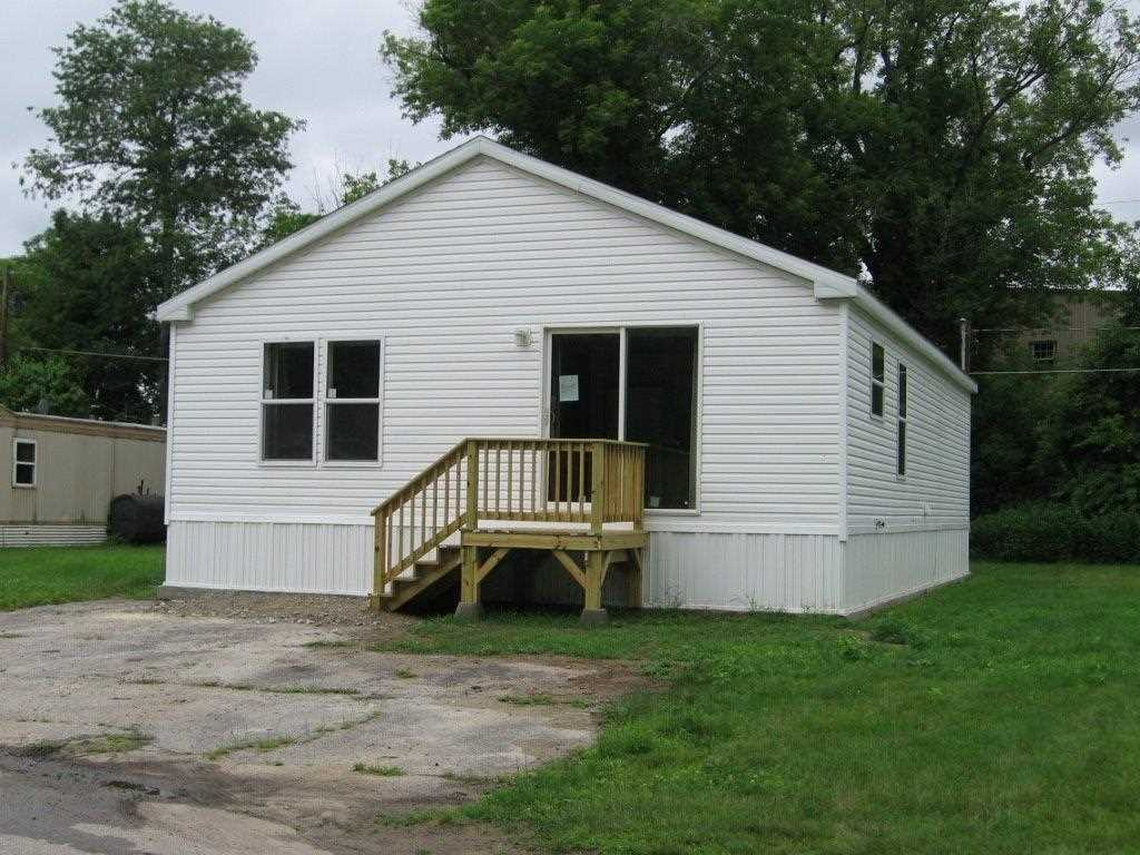 Concord NHMobile-Manufacured Home for sale $List Price is $84,900