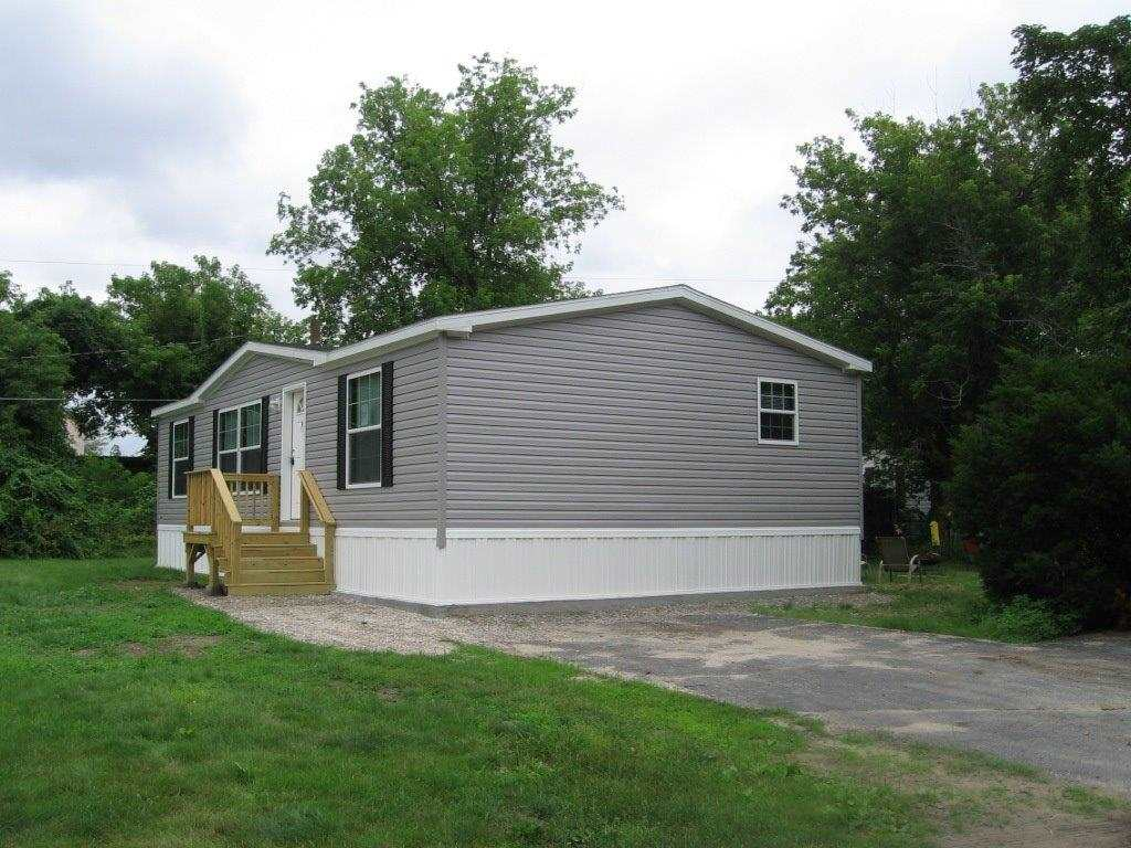 Concord NH Mobile-Manufacured Home for sale $List Price is $86,900