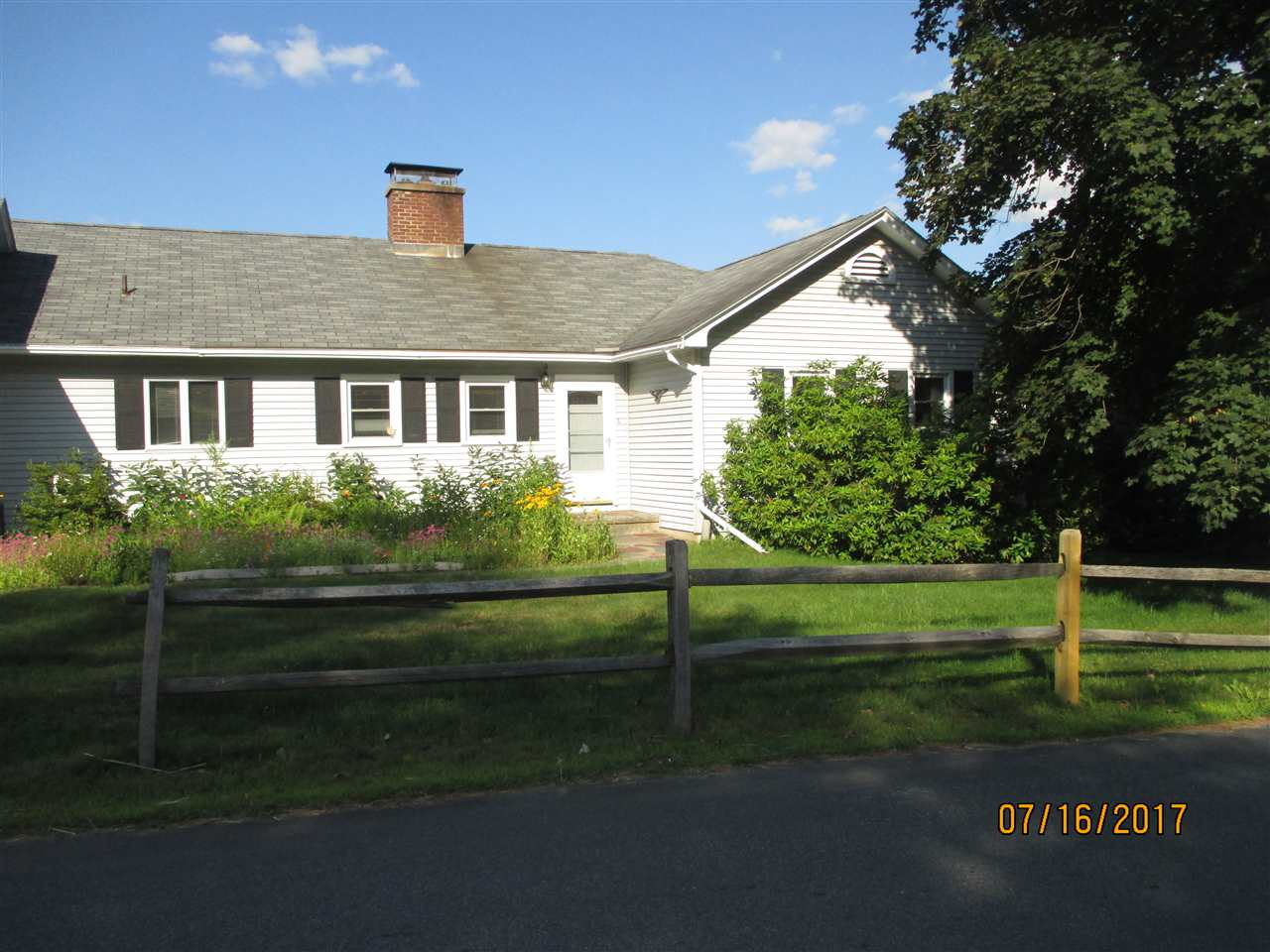 NEWPORT NH Home for sale $$215,000 | $132 per sq.ft.