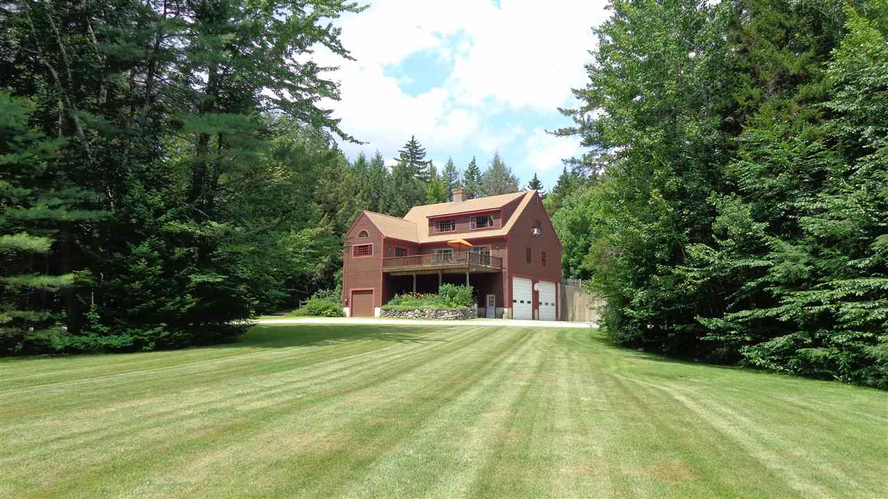 NEW LONDON NH Home for sale $$525,000 | $178 per sq.ft.
