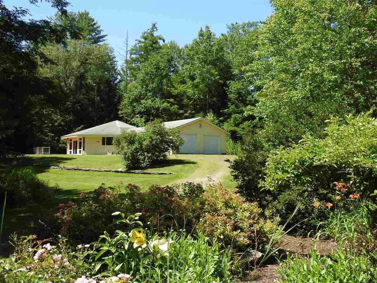POULTNEY VTLake House for sale $$250,000 | $154 per sq.ft.