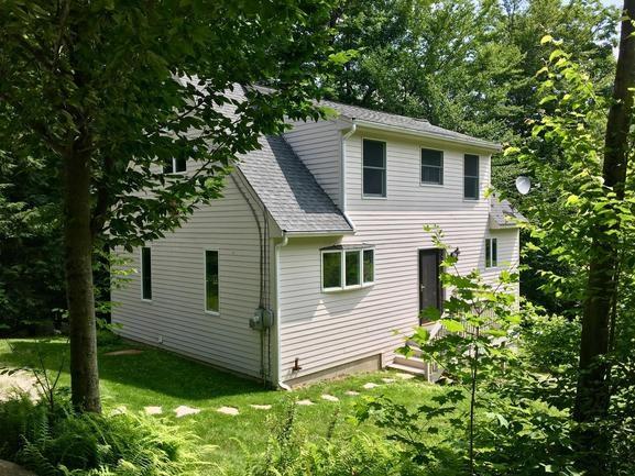 NEWBURY NHHome for sale $$210,000 | $122 per sq.ft.