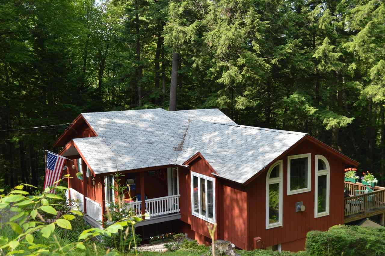NEW LONDON NH Home for sale $$324,000 | $359 per sq.ft.