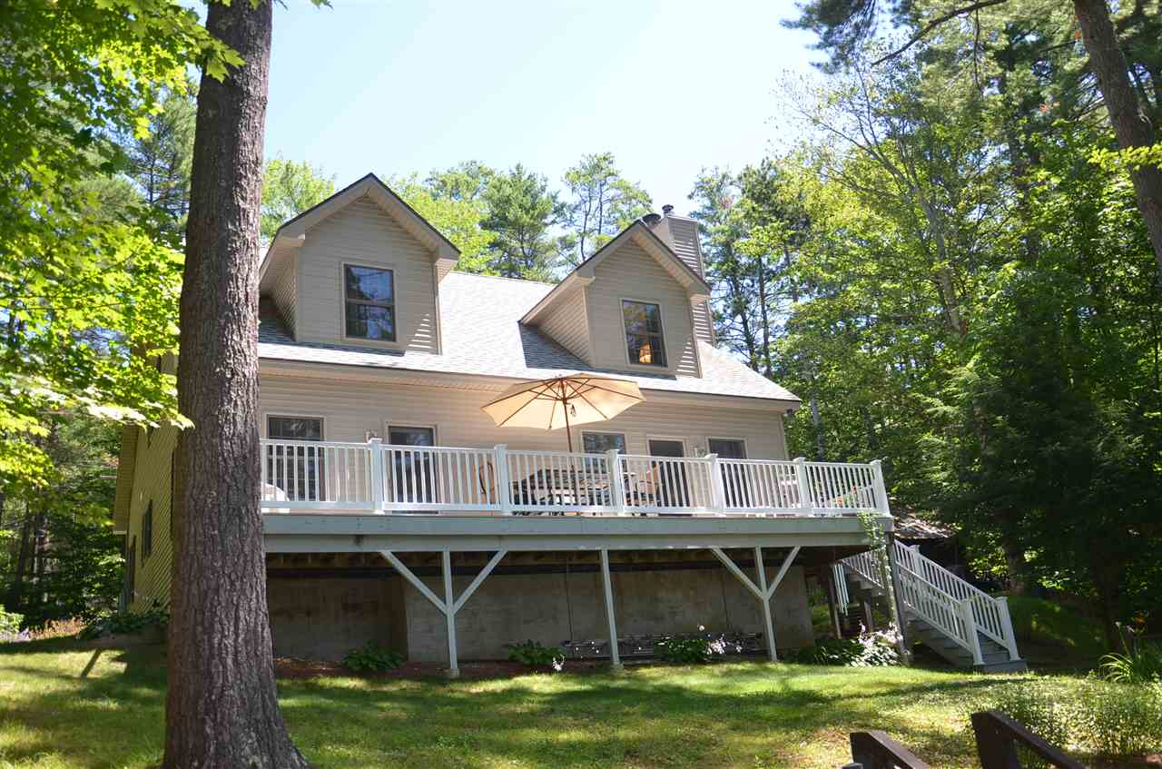 ALTON NH Lake House for sale $$999,000 | $396 per sq.ft.