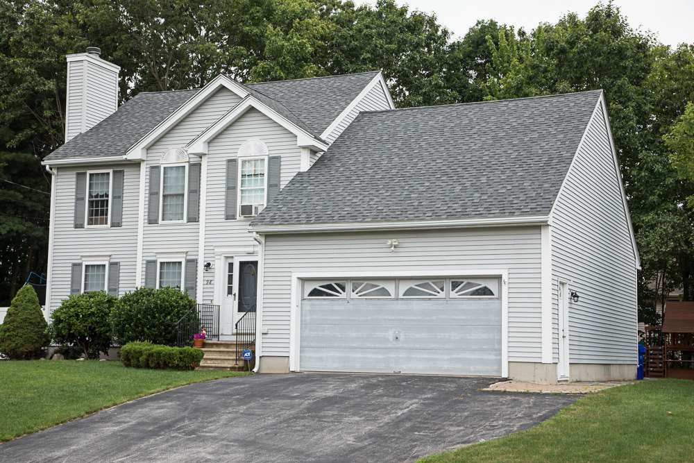 MANCHESTER NH Home for sale $$315,900 | $164 per sq.ft.