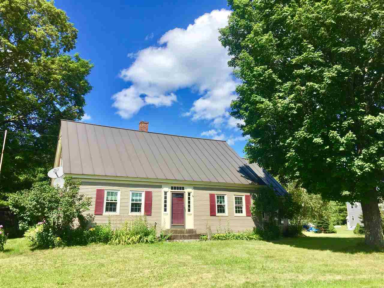 WEST FAIRLEE VT Home for sale $$129,950 | $77 per sq.ft.