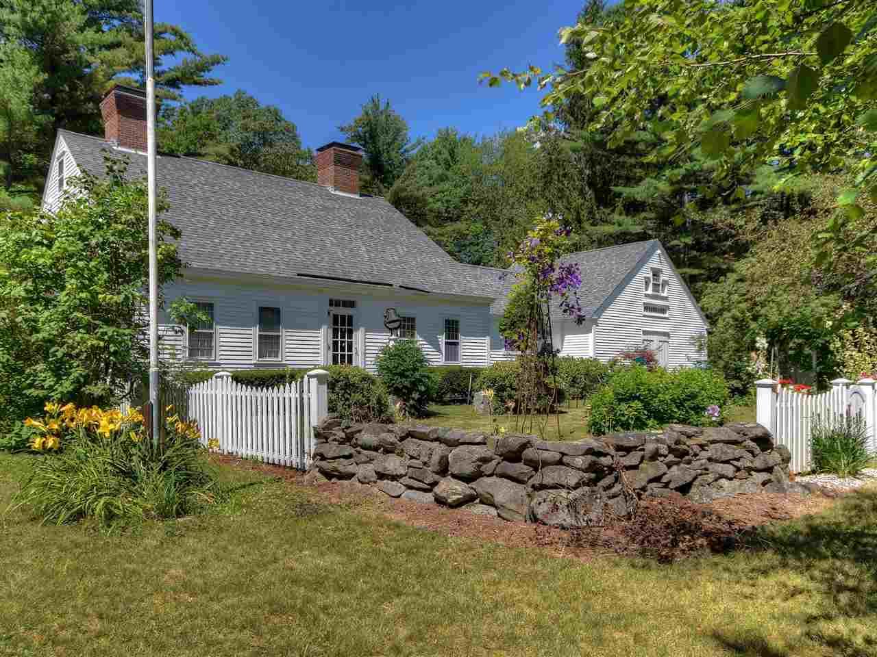 GILMANTON NH Home for sale $374,000