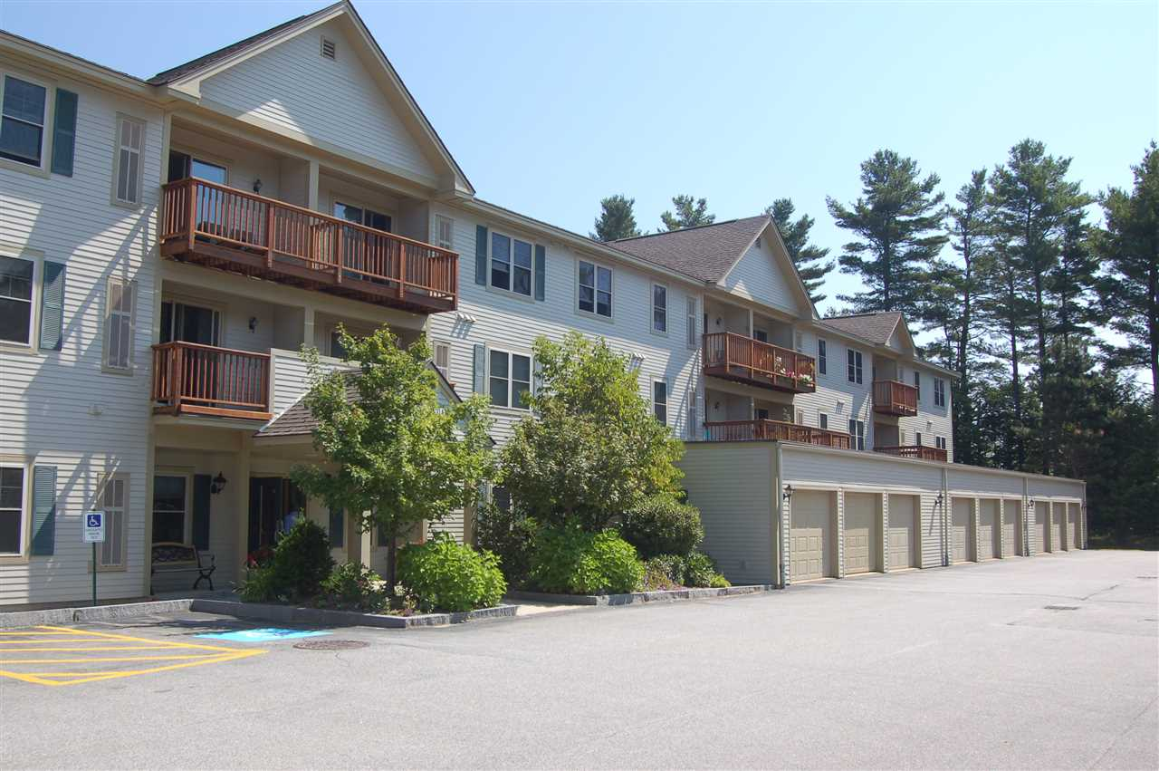 NEW LONDON NH Condo for sale $$164,000 | $170 per sq.ft.