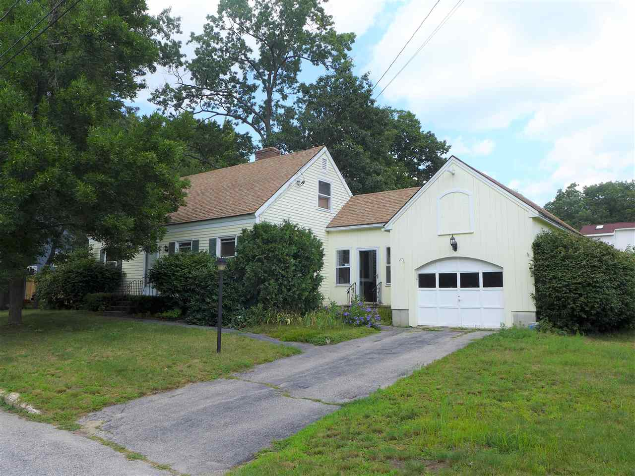 MANCHESTER NH Home for sale $$219,900 | $154 per sq.ft.