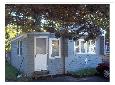 Raymond NH Mobile-Manufacured Home for sale $List Price is $15,500