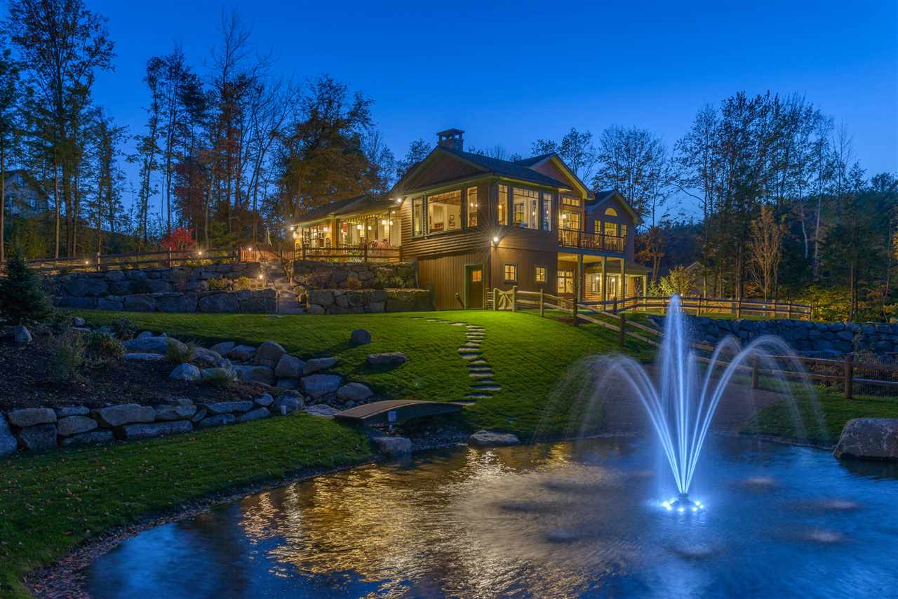SUNAPEE NH Lake House for sale $$929,000 | $323 per sq.ft.