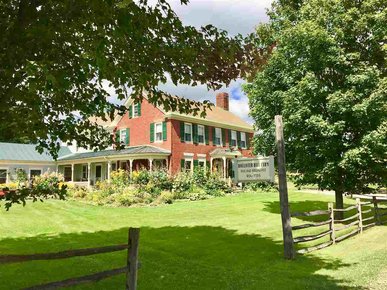 Photo of 2193 Town Highway 42 Road Marshfield VT 05658