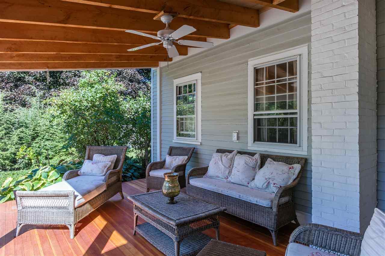 Gorgeous outdoor porch