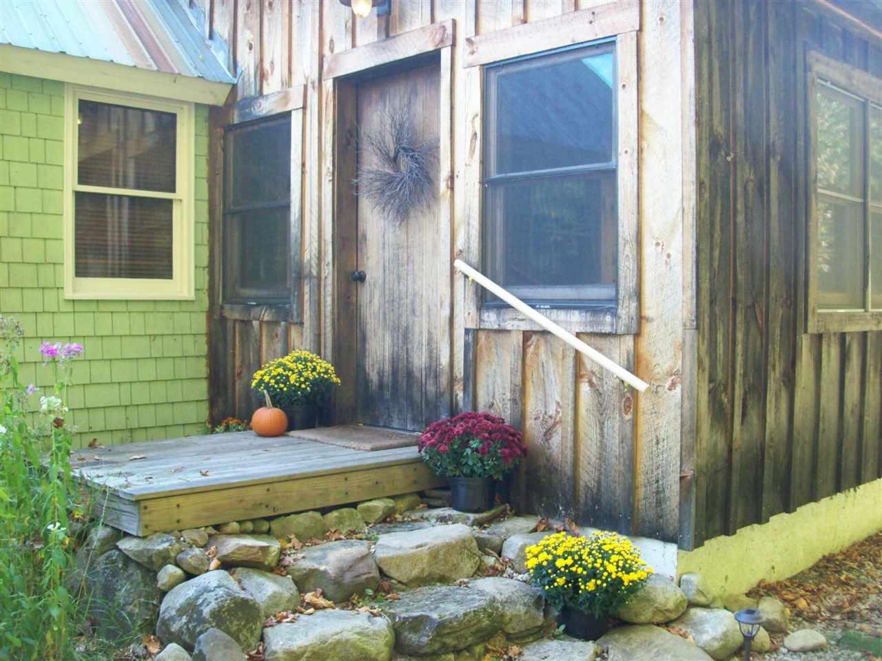 TOPSHAM VTLake House for sale $$179,900 | $139 per sq.ft.