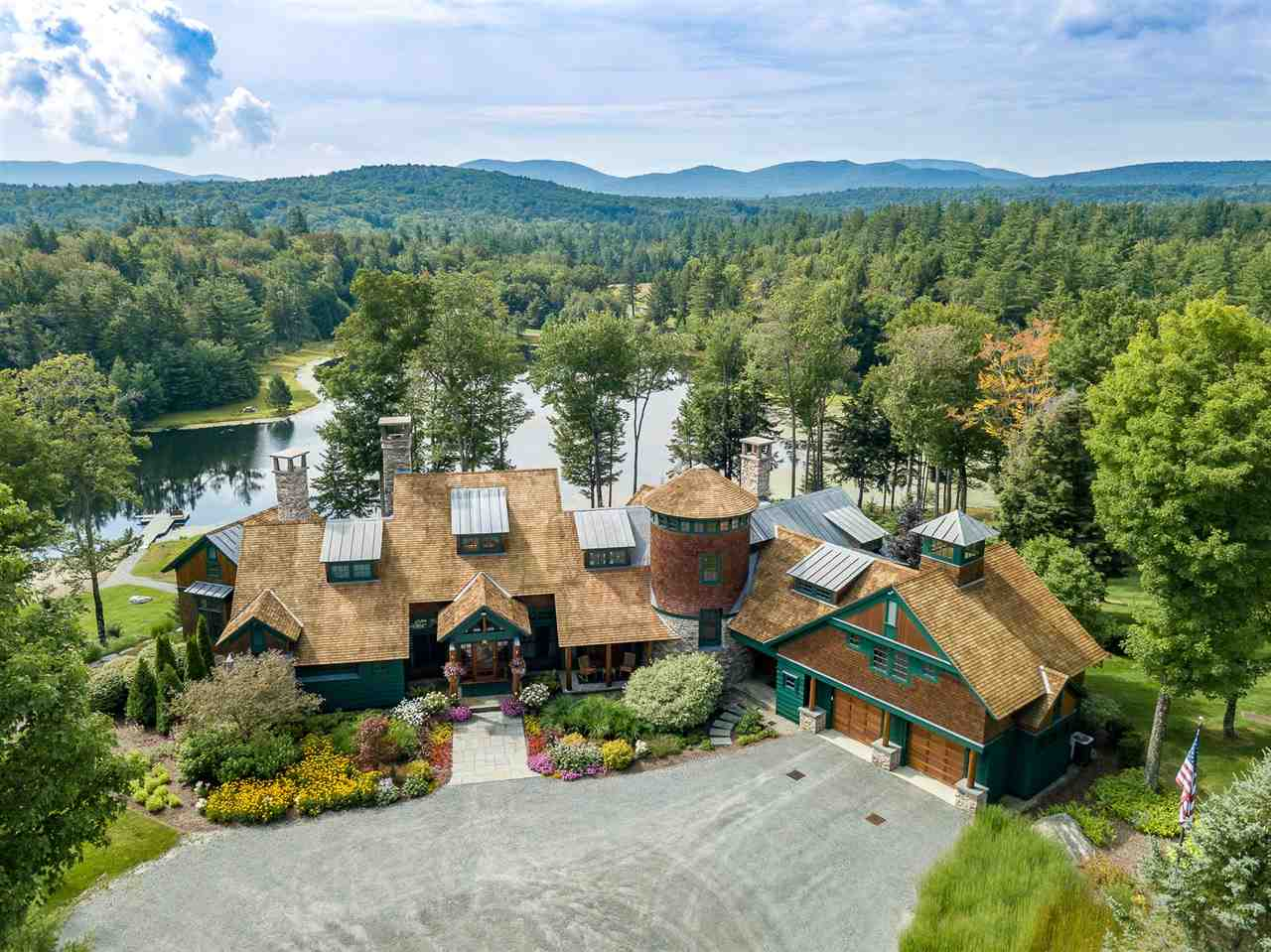 STRATTON VT Lake House for sale $$4,800,000 | $652 per sq.ft.
