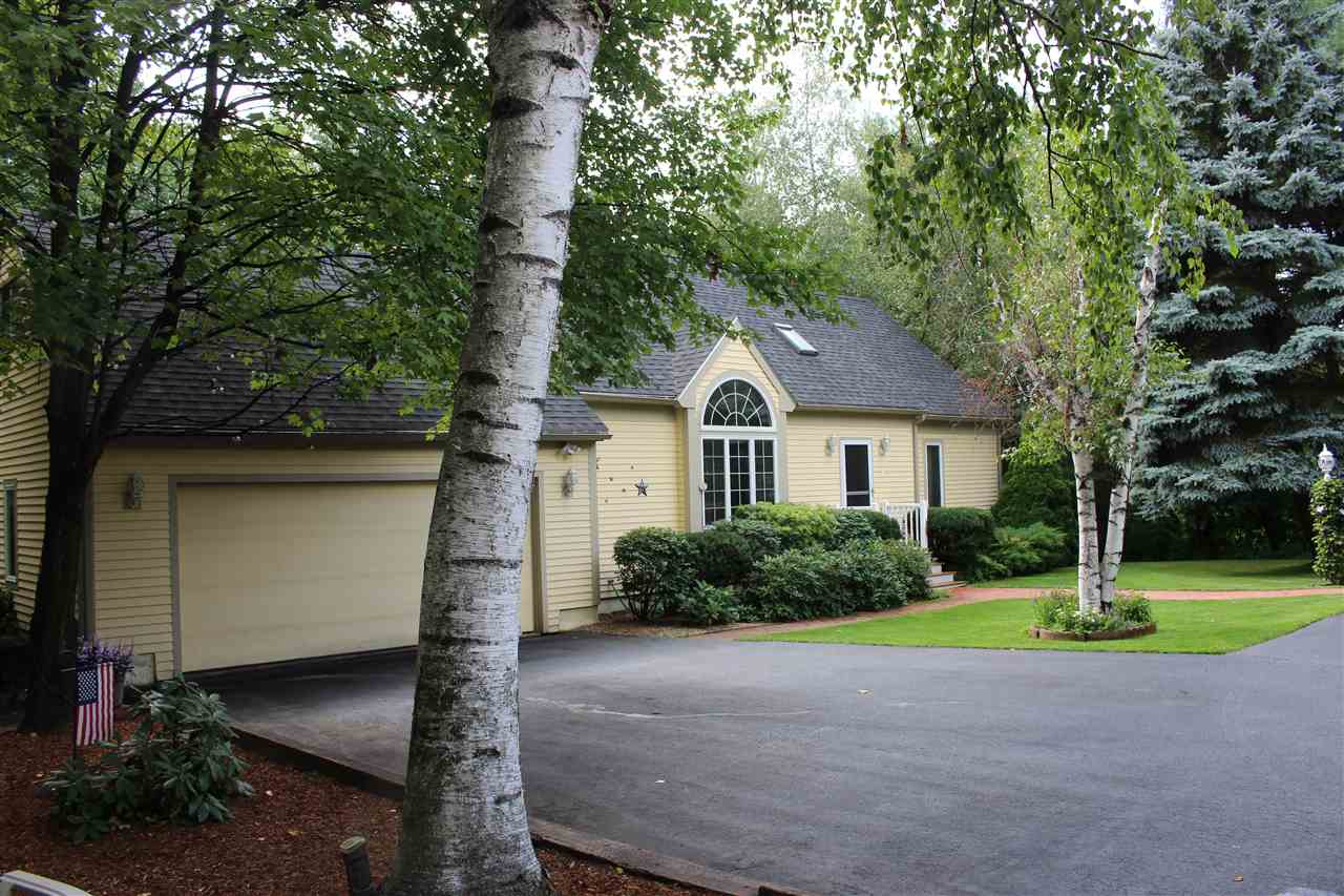 Hooksett NH Home for sale $List Price is $347,000
