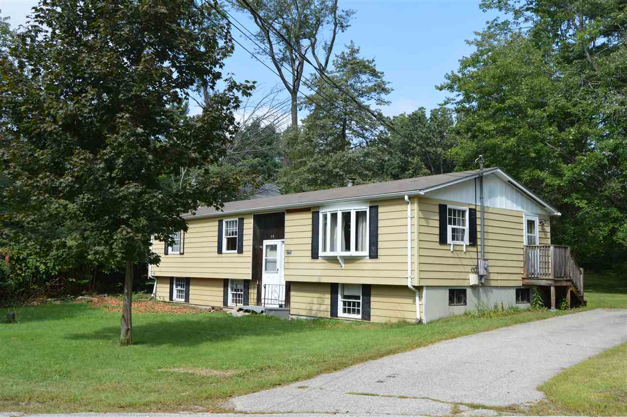 Plaistow NH Home for sale $List Price is $189,900