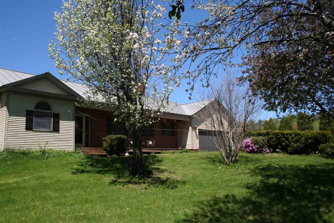 ROYALTON VTHome for sale $$289,000 | $92 per sq.ft.