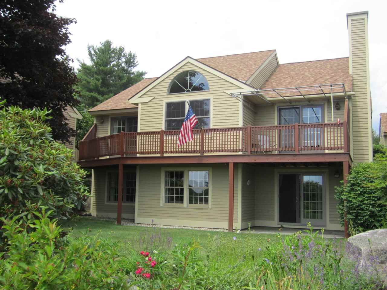 NEW LONDON NH Condo for sale $$370,000 | $274 per sq.ft.