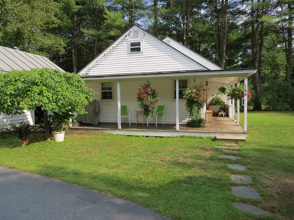 FAIRLEE VT Home for sale $$169,900 | $136 per sq.ft.