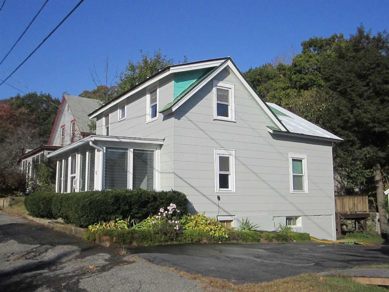 LEBANON NH Home for sale $$189,000 | $180 per sq.ft.