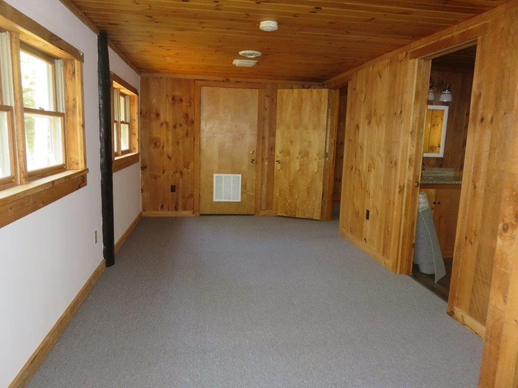 Mudroom With Tile Floor 11051964