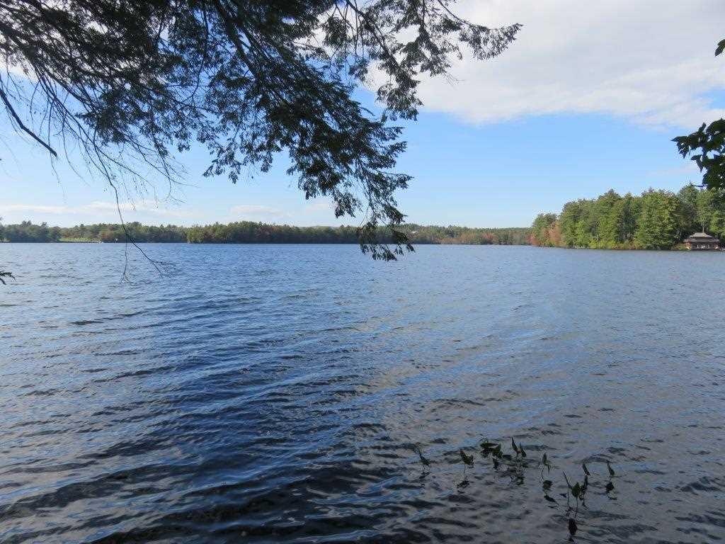 Enjoy swimming, fishing 11051992