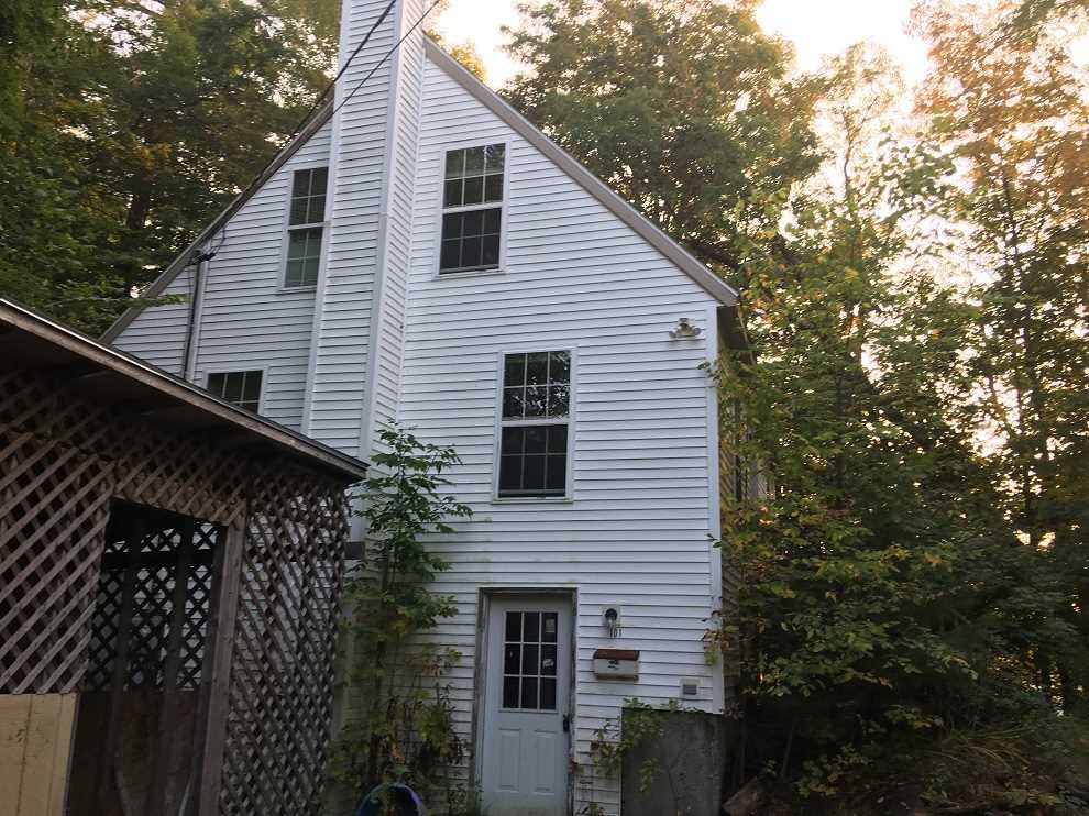 Newport NH Home for sale $$69,900 $69 per sq.ft.