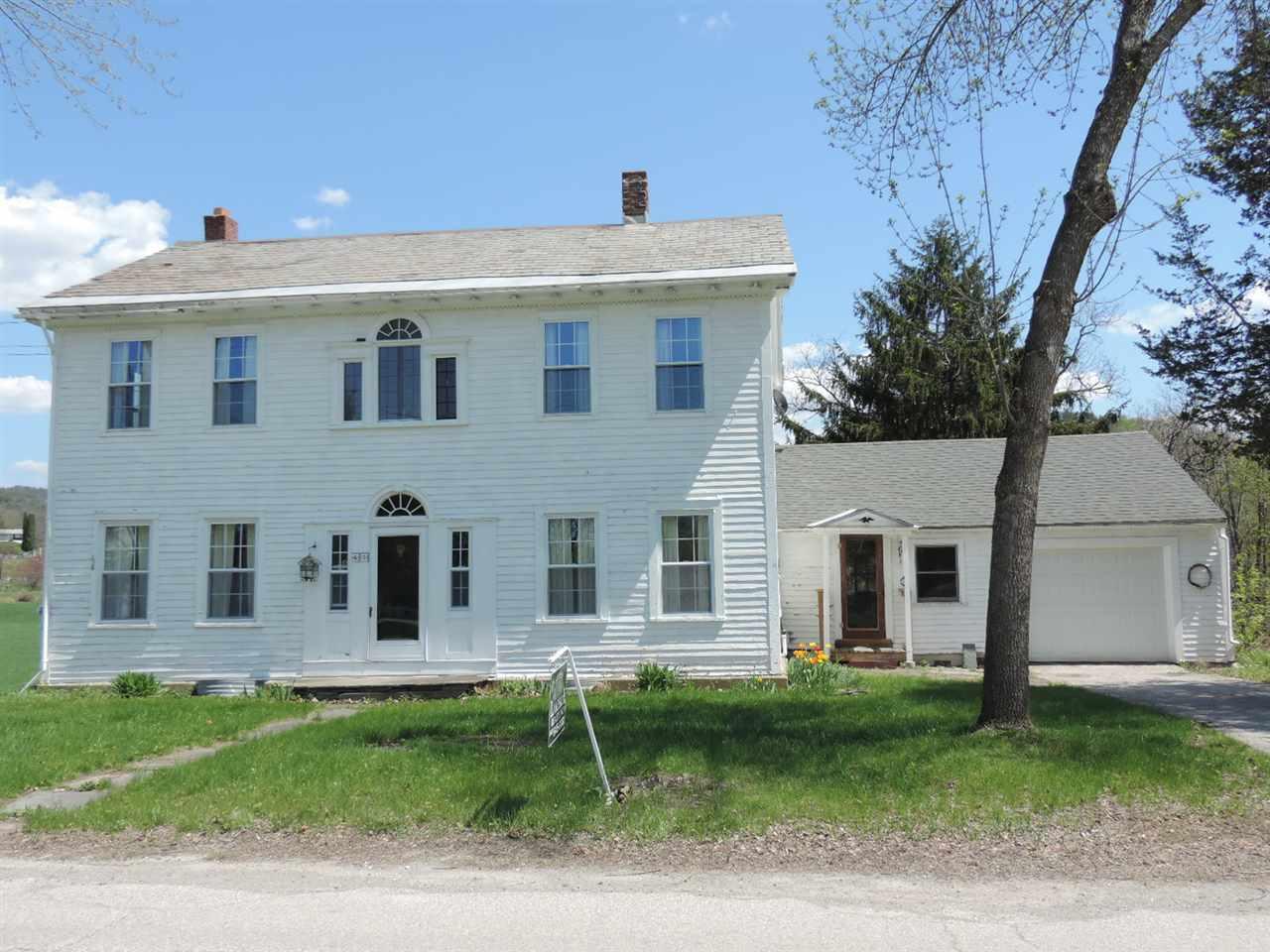 POULTNEY VTLake House for sale $$259,900 | $129 per sq.ft.