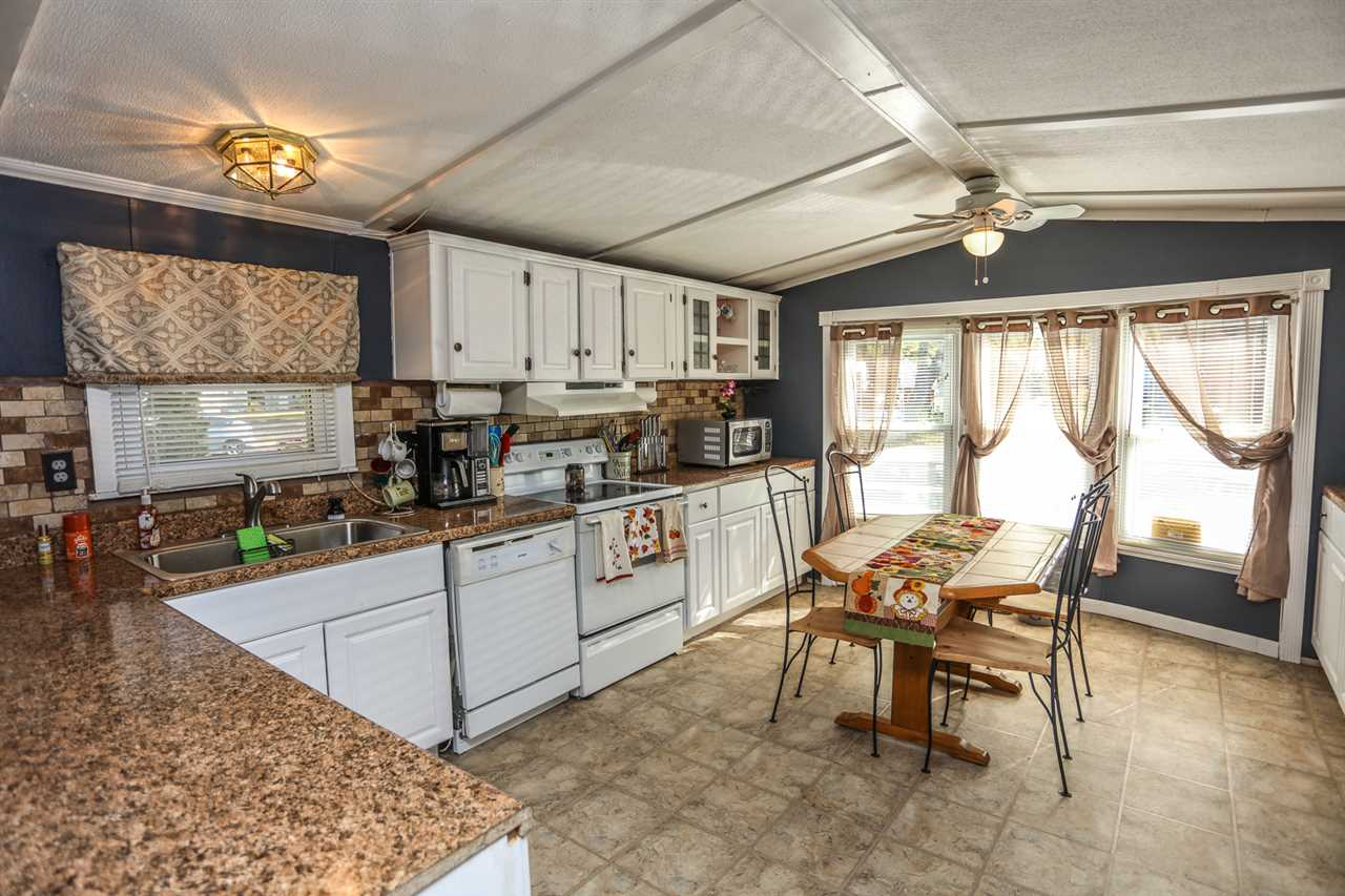 Allenstown NHMobile-Manufacured Home for sale $List Price is $34,500