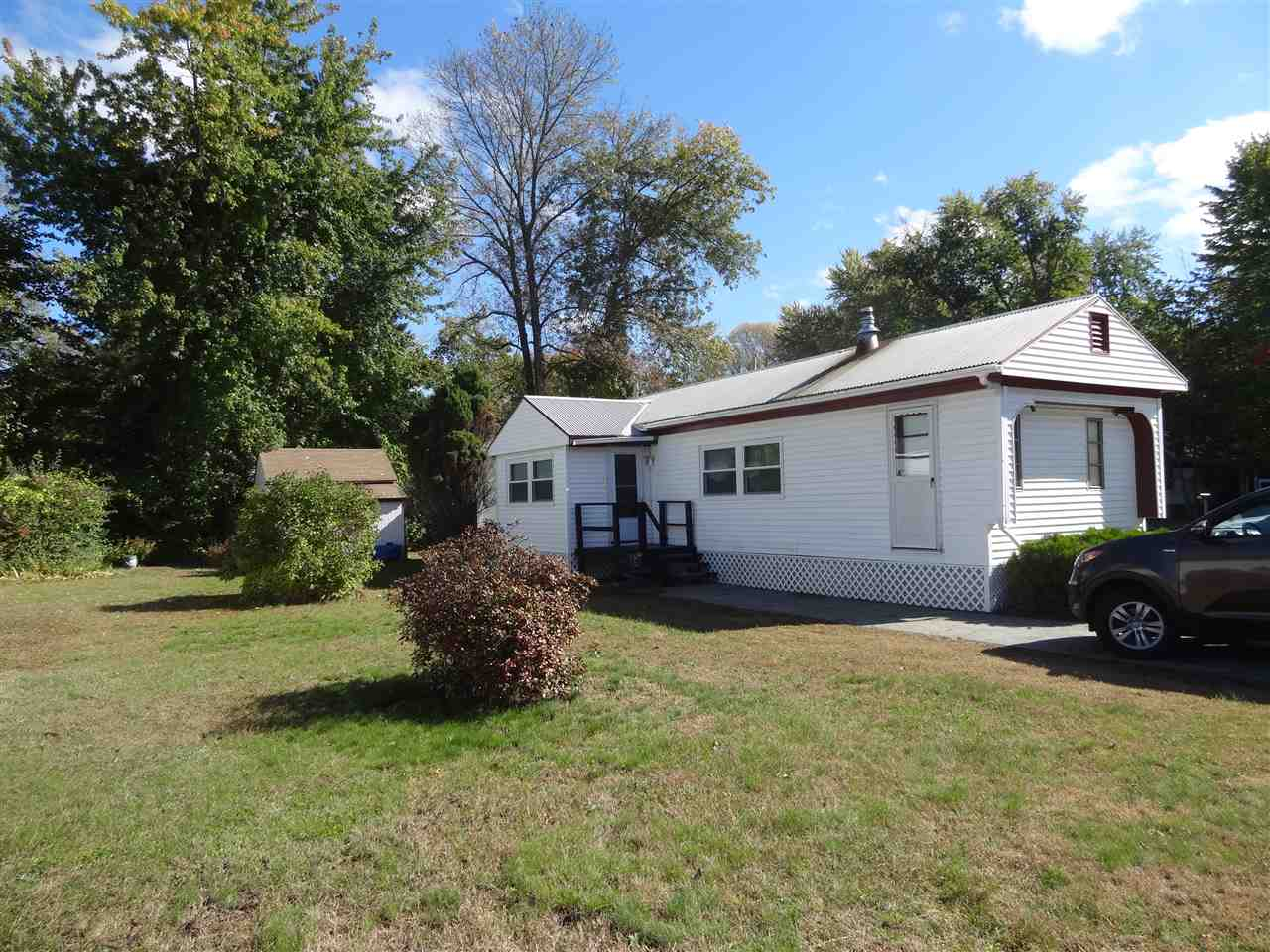 Concord NHMobile-Manufacured Home for sale $List Price is $16,500