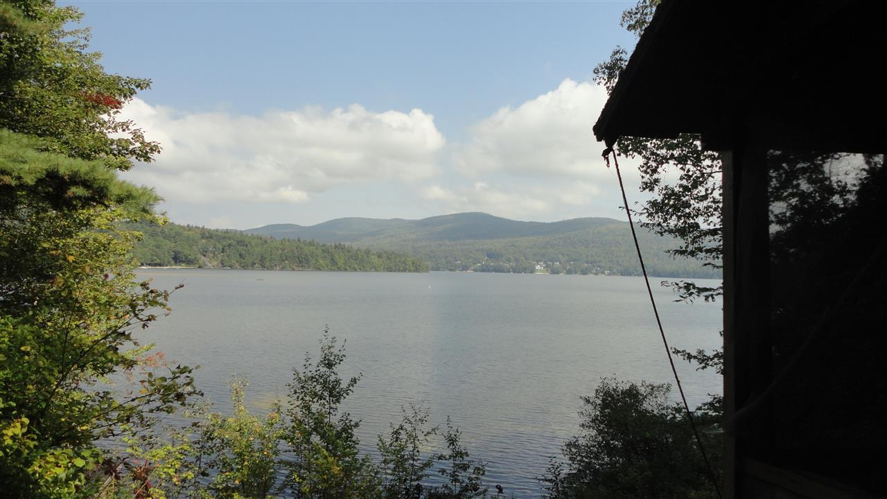 HEBRON NH Lake House for sale $$635,000 | $723 per sq.ft.