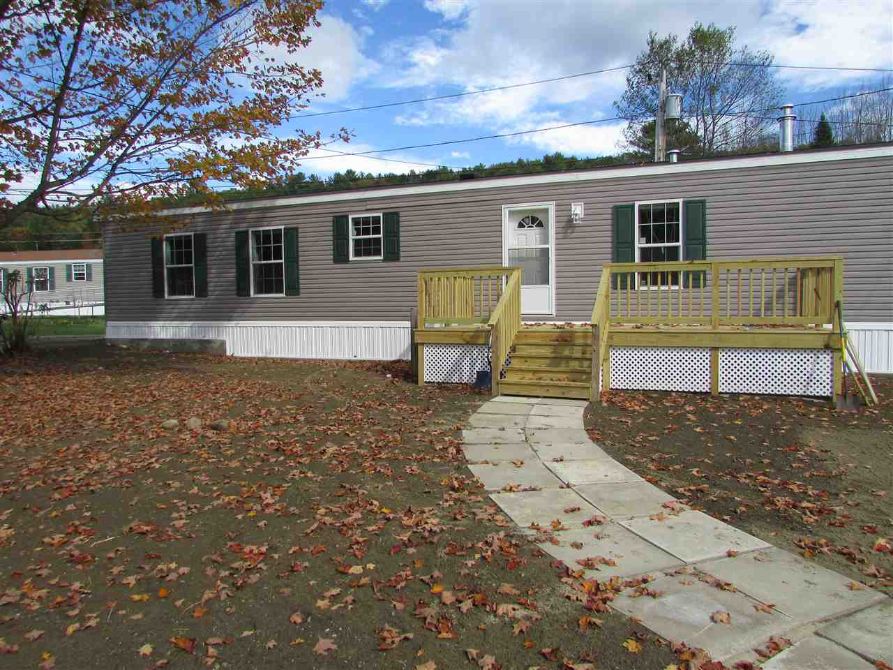 LEBANON NH Mobile-Manufacured Home for sale $$74,900 | $76 per sq.ft.