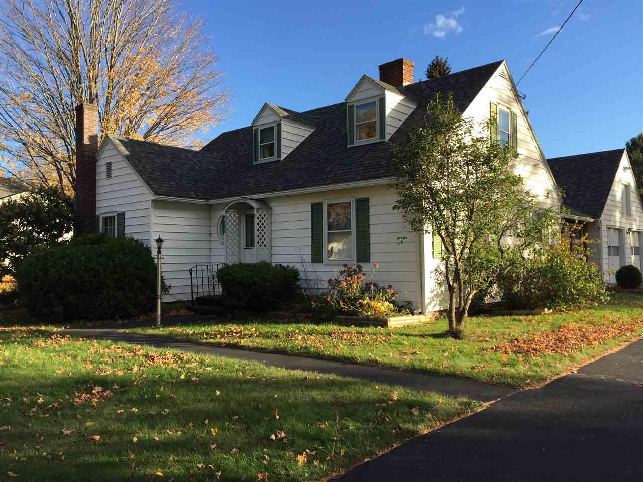LYNDON VTHome for sale $$189,000 | $100 per sq.ft.