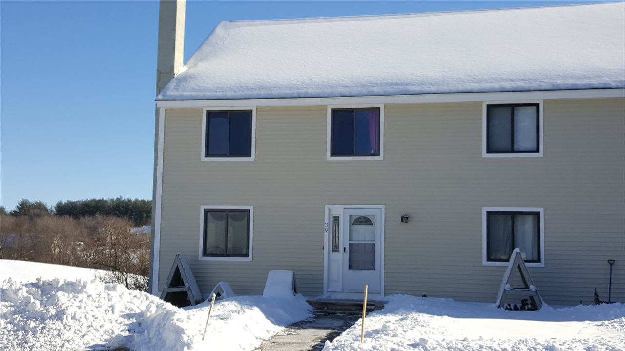 Londonderry NH Condo for sale $List Price is $179,900