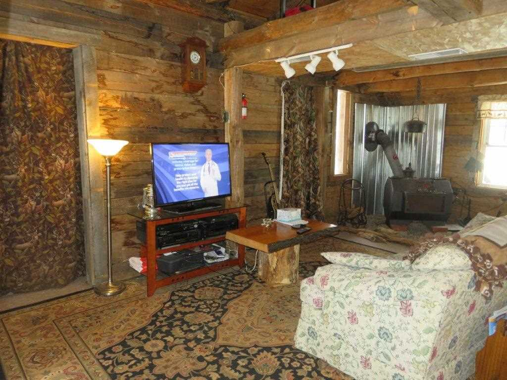 Woodstove included 11110828
