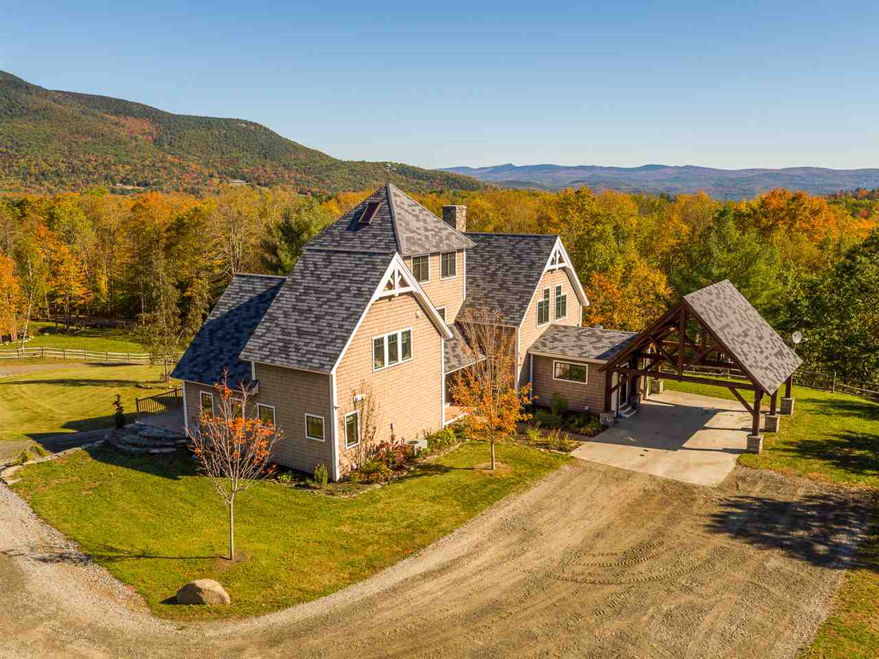 WEATHERSFIELD VT Home for sale $$1,075,500 | $260 per sq.ft.