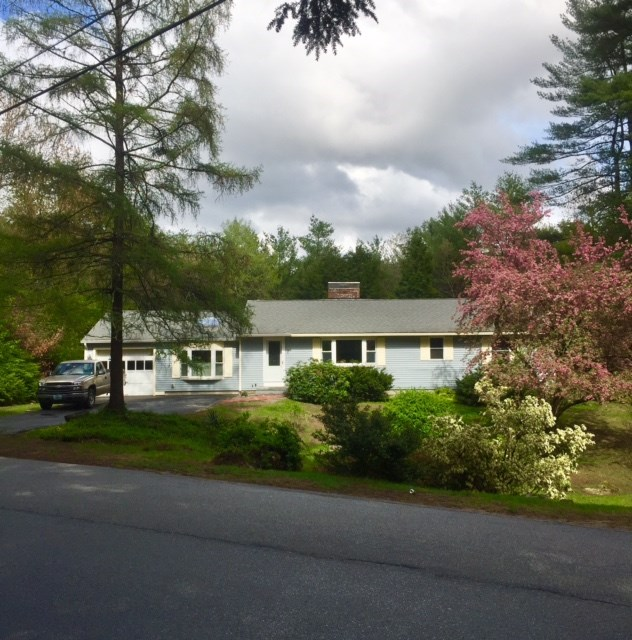 Bedford NH Home for sale $List Price is $289,900