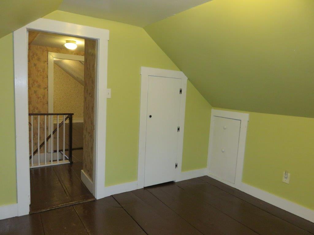 2nd Floor Bedroom 11130030