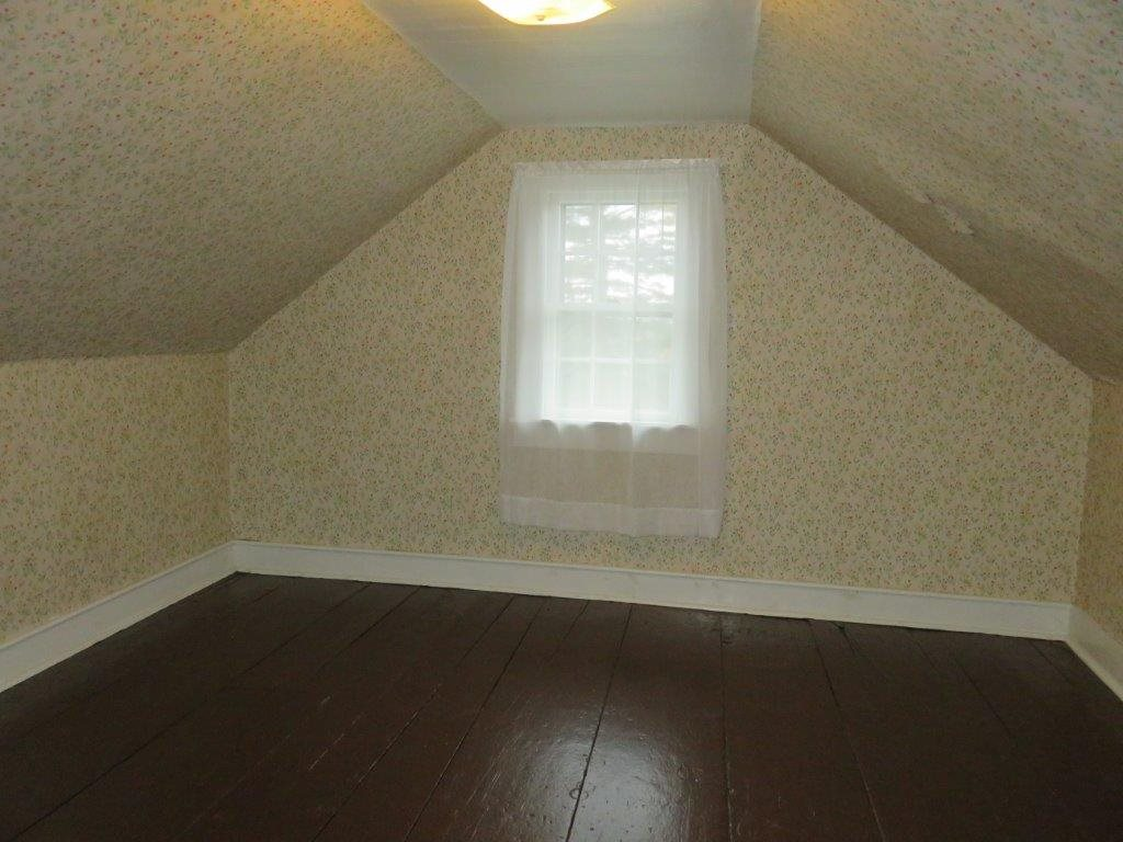 2nd Floor Bedroom 11130027