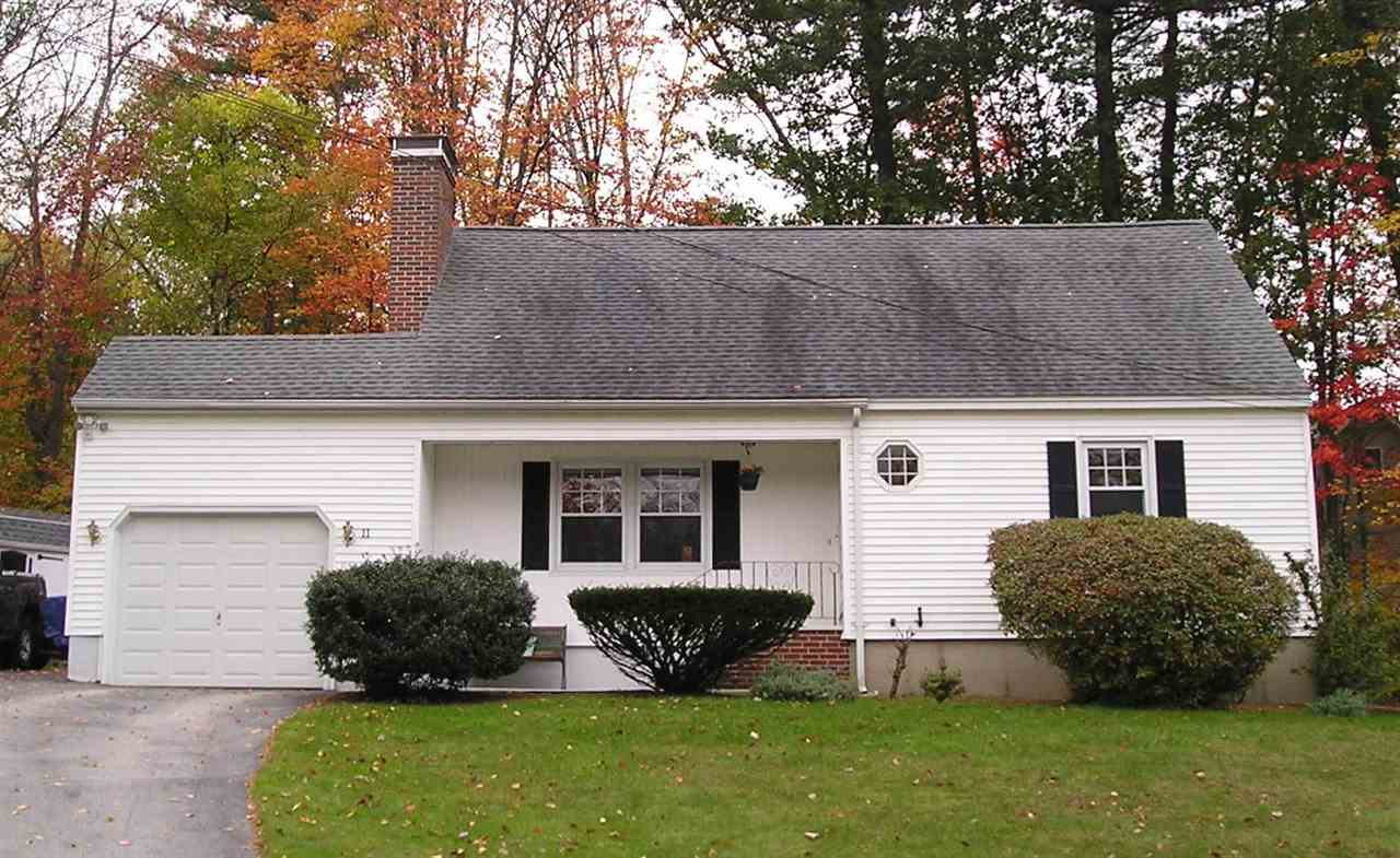 Hooksett NH Home for sale $List Price is $275,000