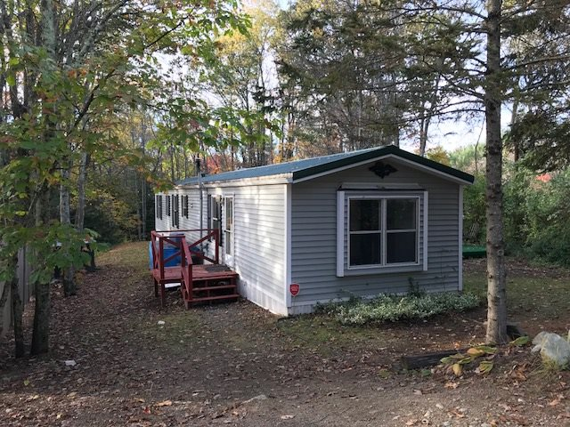 Raymond NH Mobile-Manufacured Home for sale $List Price is $124,900