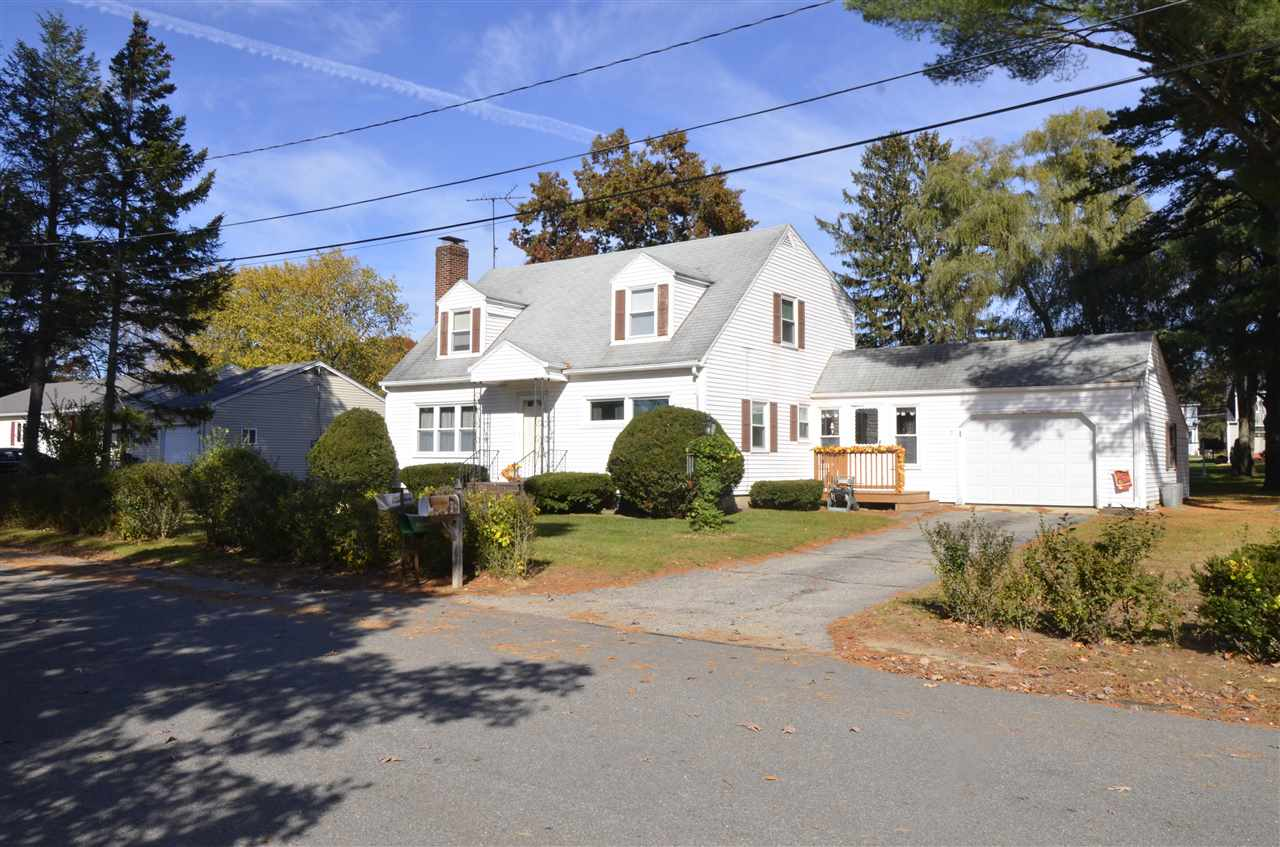Plaistow NH Home for sale $List Price is $299,000