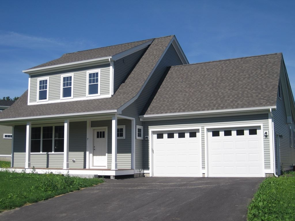 LEBANON NH Home for sale $$439,000 | $192 per sq.ft.