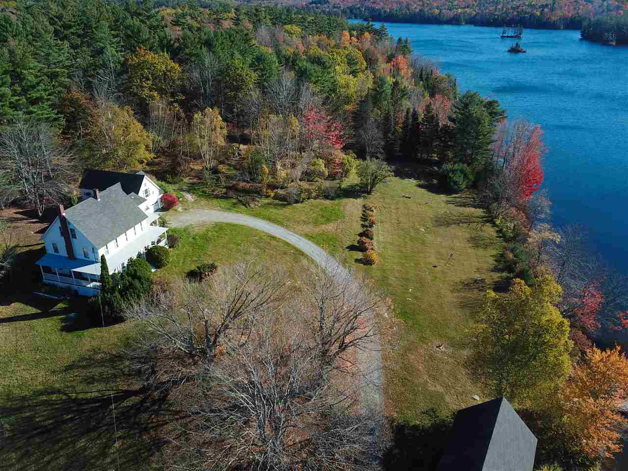 GRAFTON NH Lake House for sale $$850,000 | $266 per sq.ft.