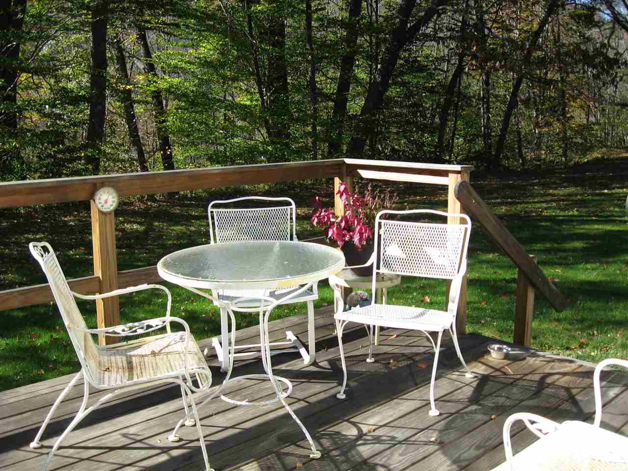 Lovely private deck 11169319