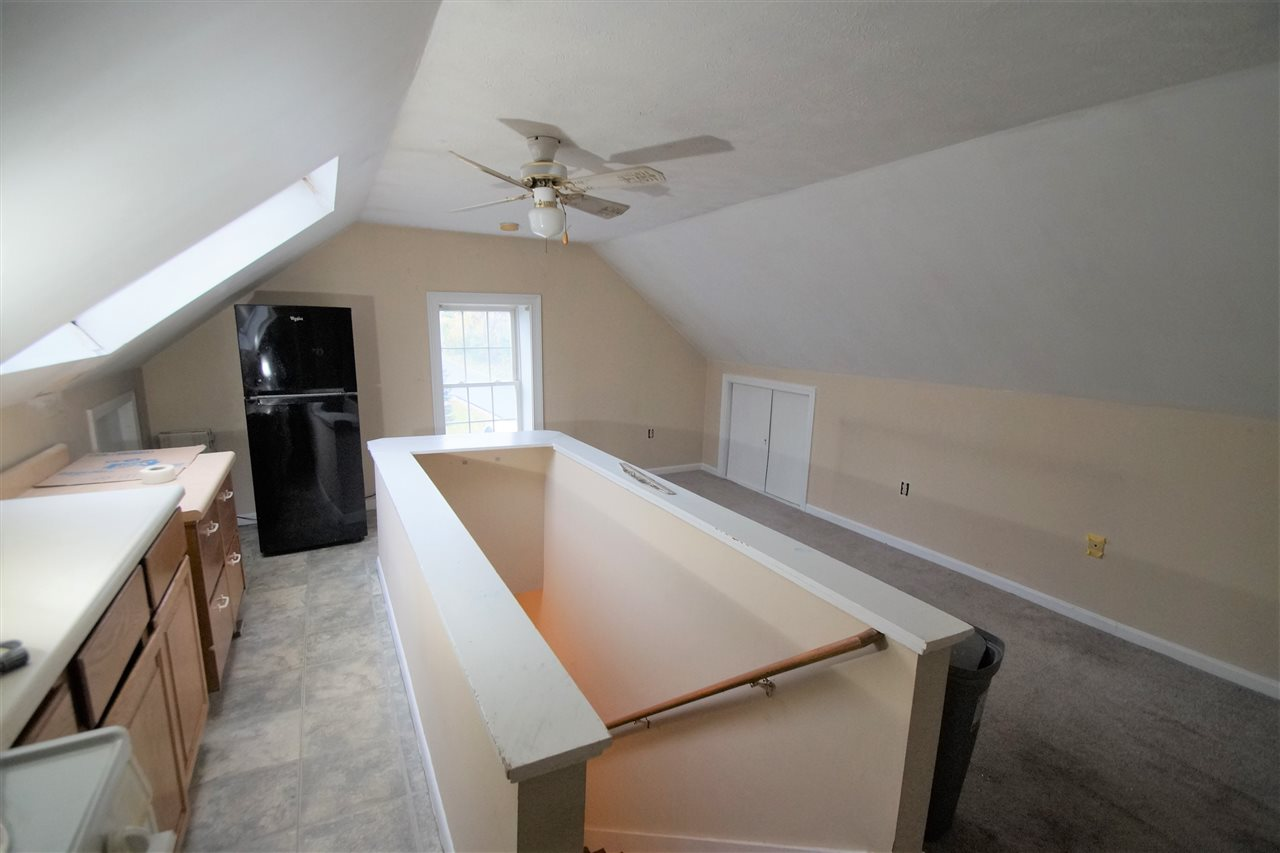 DERRY NH Apartment for rent $Apartment For Lease: $995 with Lease Term