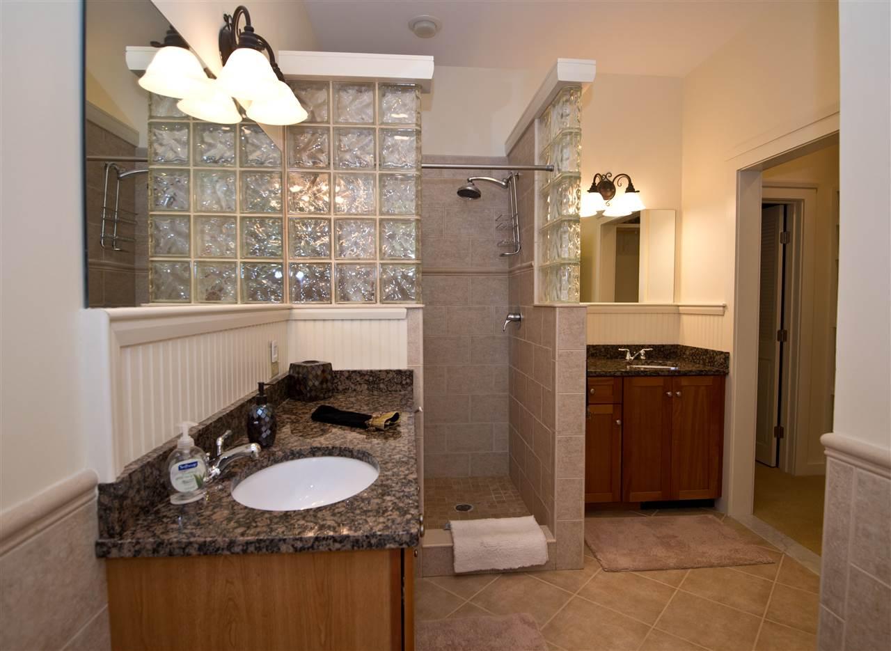 glass wall shower 11182622