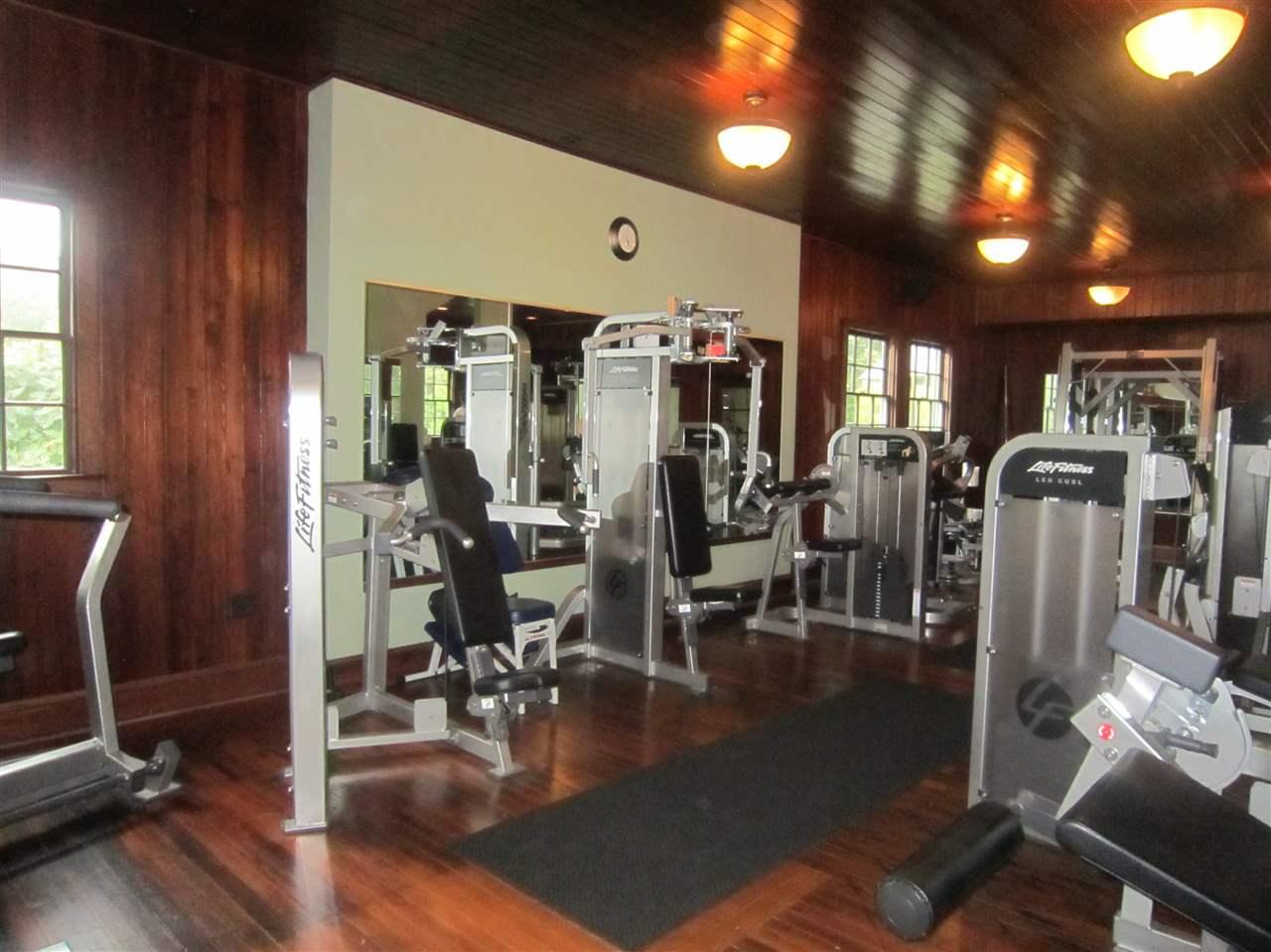 Enjoy a workout here 11183545